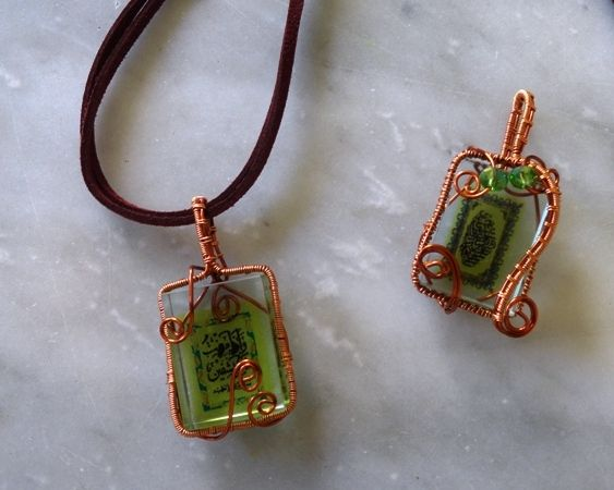 #necklace #pendant #copperwire #wirejewelry #acrylic #decalprinted #accessories