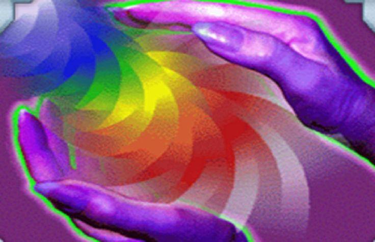 Les mains émettent desvibrations dans la densité du temps, elles altèrent la courbure de l'espace et du temps, elles modifient la «vitesse» du temps. A LIRE pour plus d'information sur la puissa...
