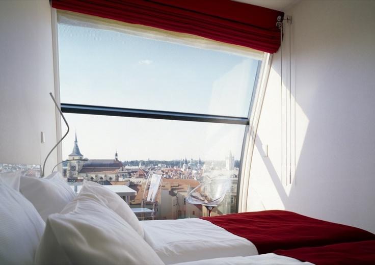 Metropol Hotel / Chalupa Architekti + d u m Architekti