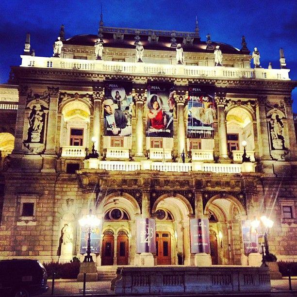 Magyar Állami Operaház itt: Budapest, Budapest