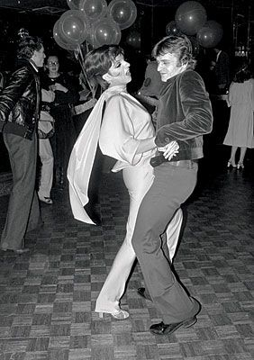Liza Minelli & Mikhail Baryshnikov dancing the night away at Studio 54.