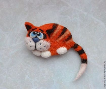 """Валяная брошь """"Кот рыжий 3"""" - валяная брошь,коты,авторское украшение,оригинальный подарок"""