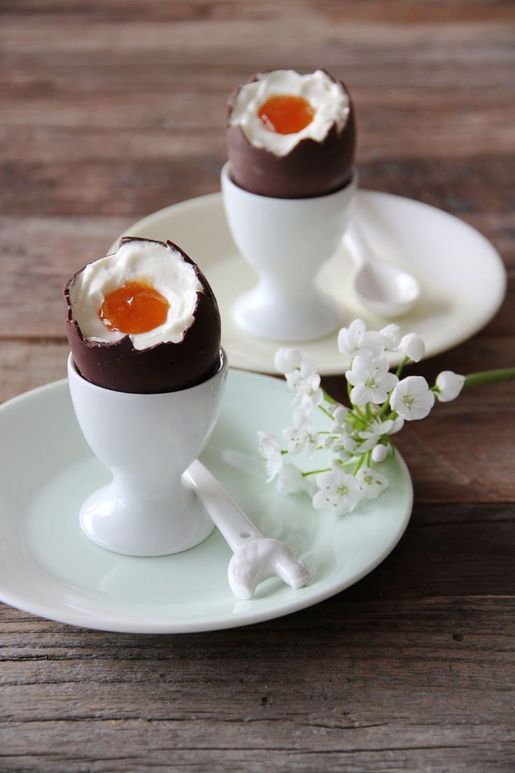 fork and flower: cheese cake filled easter eggs