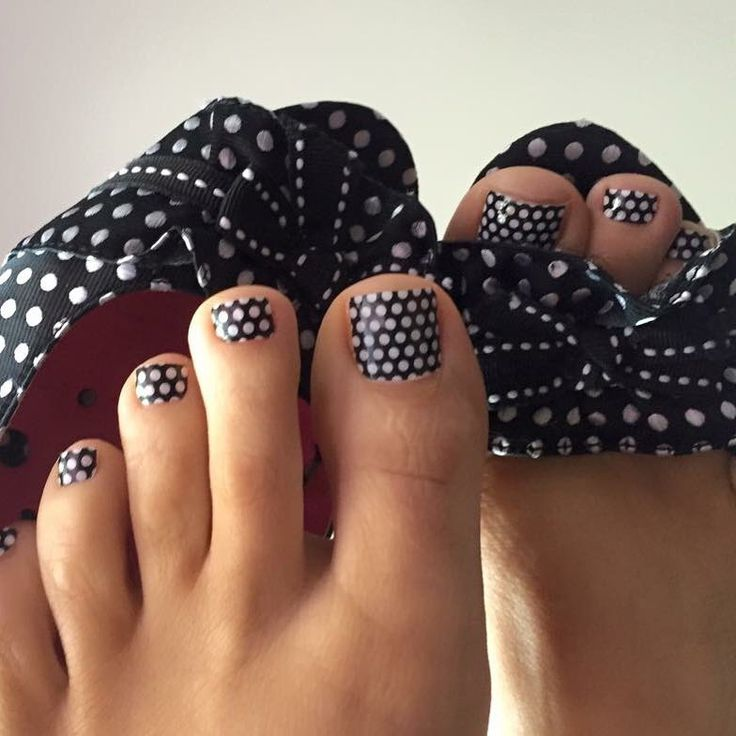 Jamberry launches in the UK on 5th April, 2016.  You don't want to miss out!  Get in on the fun from the beginning! Join my interest group on Facebook to learn more about the opportunity!   http://on.fb.me/1TUQNHr  Easy to Wear :: Easy to Carry :: Easy to SELL!