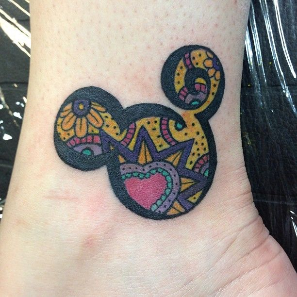 My favorite Character <3 Mickey mouse tattoo; I love Colors !