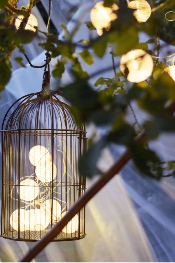 Enjoy those beautiful summer nights long after the sun goes down. Lamp, lampadario