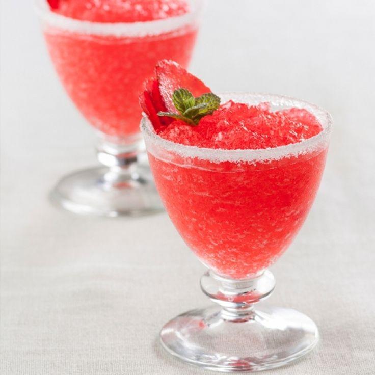 A Refreshing strawberry slushie recipe.. Strawberry Slushies Recipe from Grandmothers Kitchen.