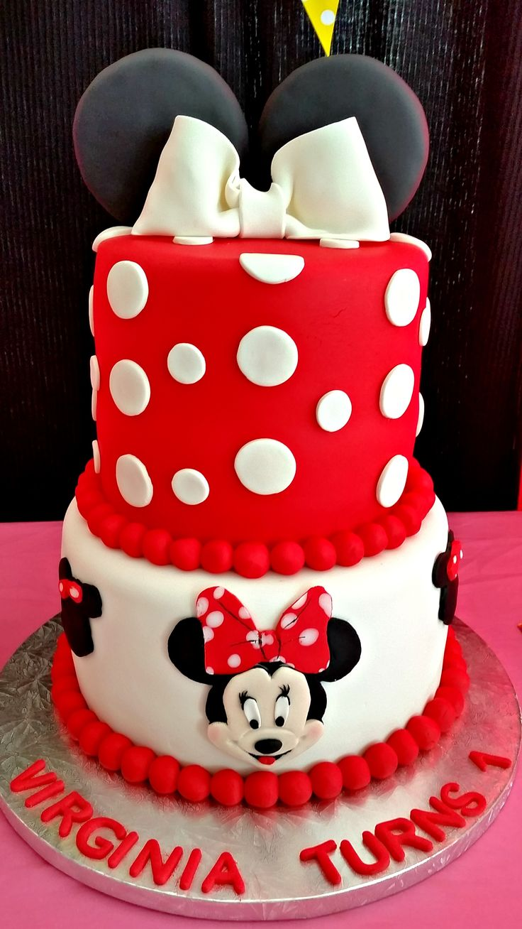 Minnie-mouse themed cake