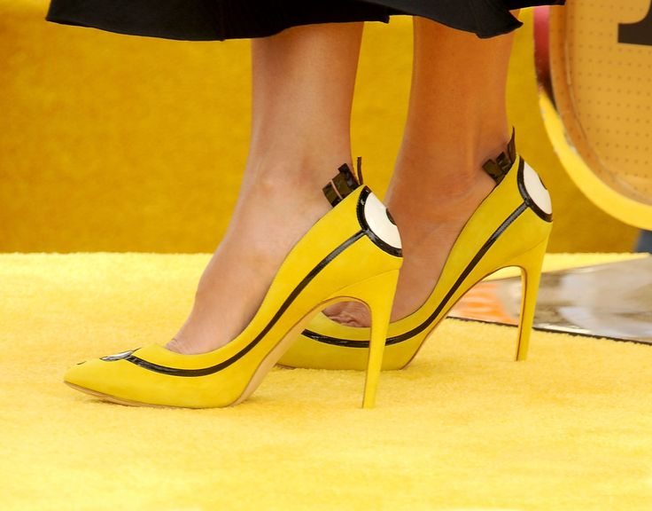 You Have to See Sandra Bullock's Ridiculously Cute Minion Heels  - Redbook.com
