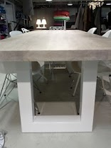 Dream table from the side