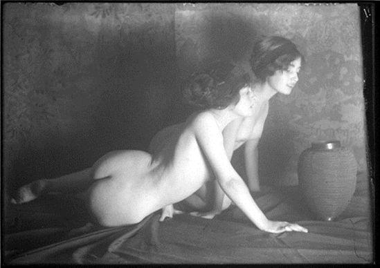 Lejaren a Hiller. Alice Joyce 1920. Via geh