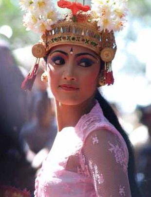 Expressive traditional dancer, BALI