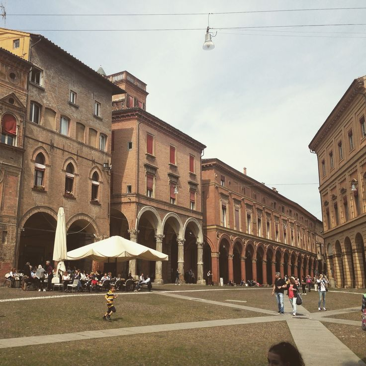 Bologna, piazza S. Stefano