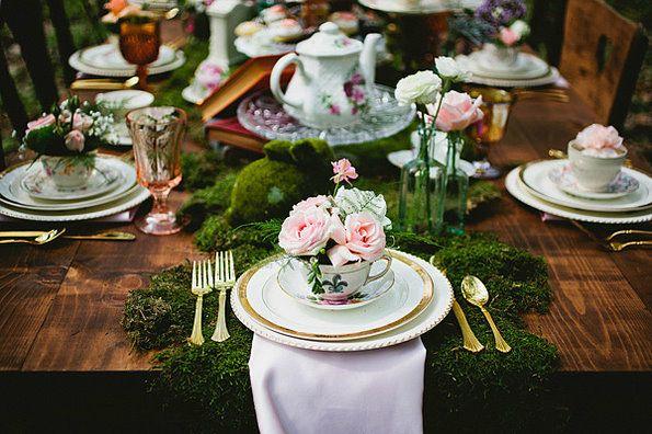 Rustikale Country-Hochzeit Ideen für Alice im Wunderland | Hochzeitsblog Optimalkarten