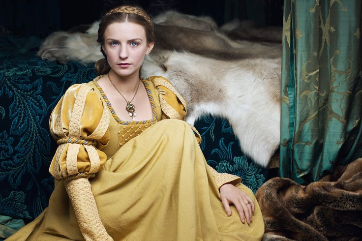 Anne Neville (Faye Marsay)  in The White Queen.