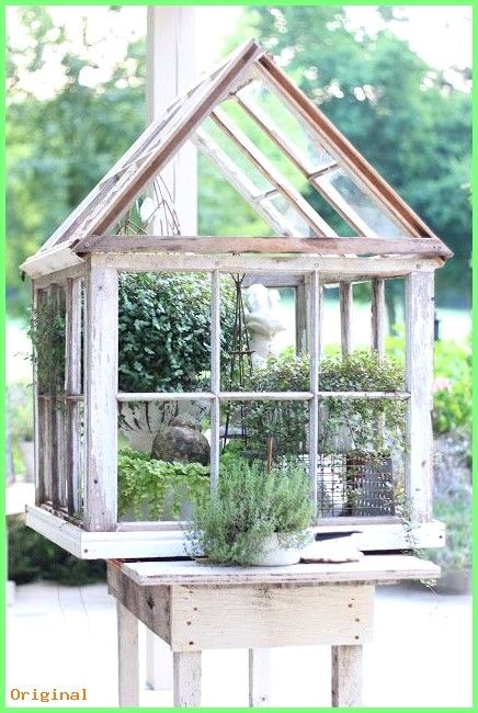 50 Garden Repurposed Windows Made Into A Lovely Greenhouse From Erin 39 S Art And Gardens Garten Gewachshaus Garten Fensterbank Gewachshaus