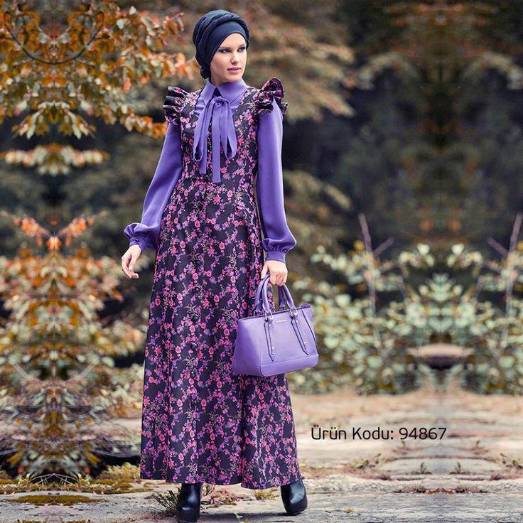 Mustafa Dikmen imzalı çiçekli jile ile harika kombinler oluştur;)