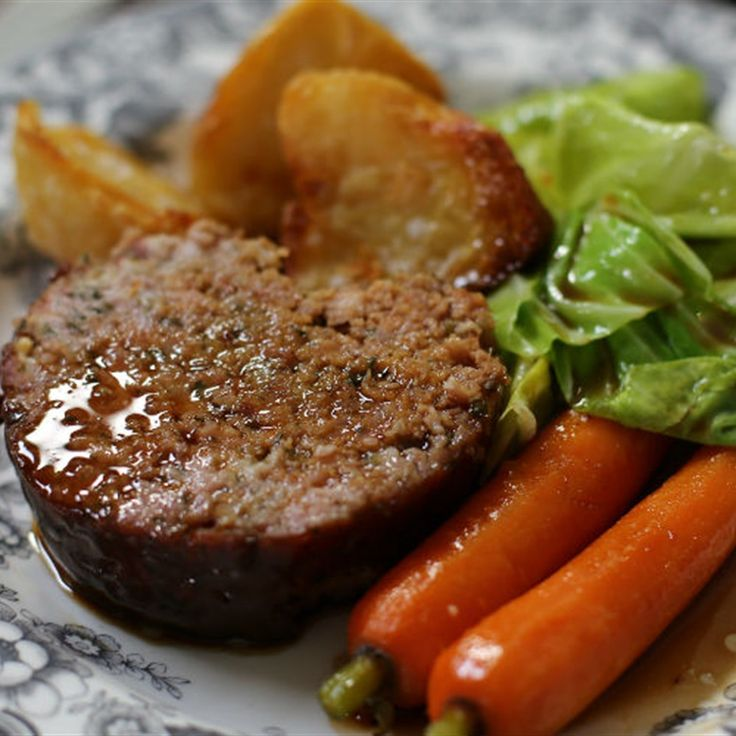 Try this My Mum's Sausage Roast Circa 1984 recipe by Chef Tom Kerridge. This recipe is from the show Tom Kerridge's Best Ever Dishes.