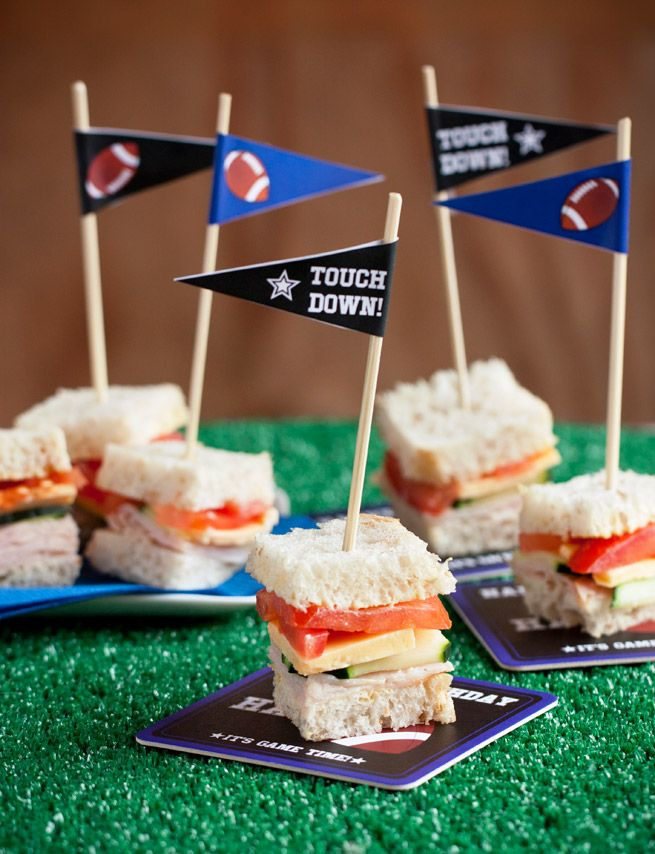 Football Theme Birthday Party + Free Printables from Evermine.com