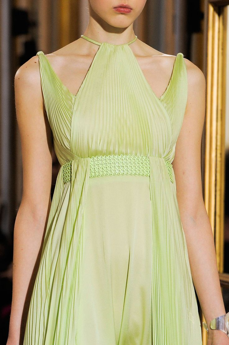 127 best images about astapor on pinterest atelier for Haute couture pronounce