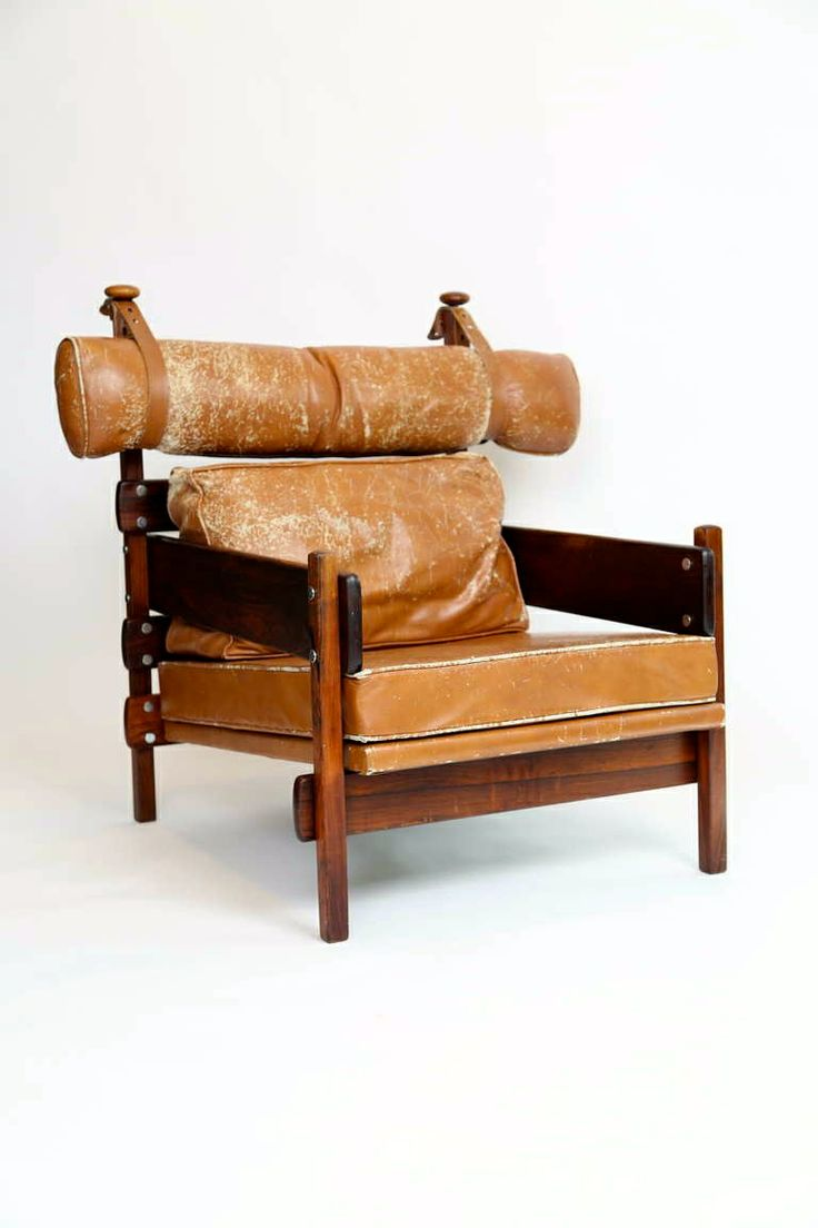 Sergio Rodrigues; Rosewood and Leather 'Tonico' Chair for OCA, 1960s.