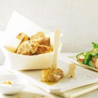 Steinbeisser mit Erdnussdip