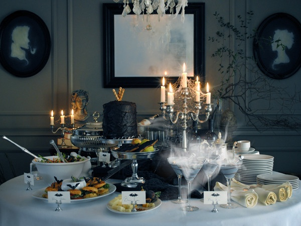 great layout for an elegant halloween dinner party - Elegant Halloween Party