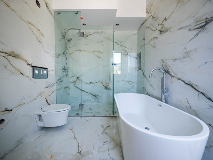 Marble Shower Walls Types Finishes Design Ideas Pros And Cons Marble Shower Walls Marble Bathroom Designs Marble Showers
