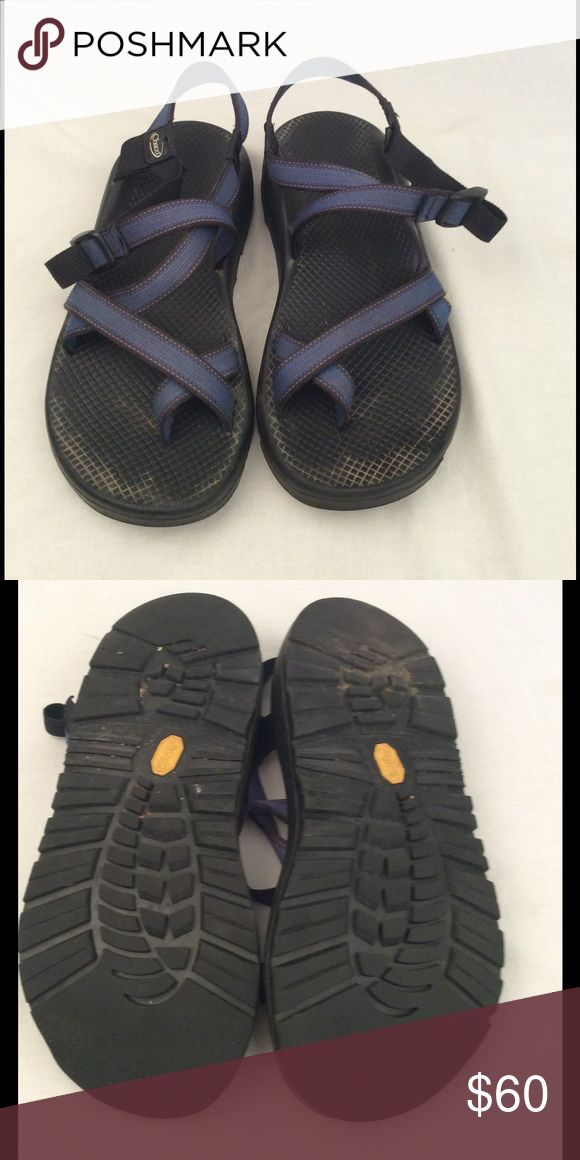 Men's Chacos Men's Chacos size 10 blue toe strap design adjustable strap, in great condition, very little wear, comes from a smoke free home. ✅Reasonable offers considered  ✅Bundle for a discount & save on shipping  ✅Same/next day shipping Chaco Shoes Sandals & Flip-Flops