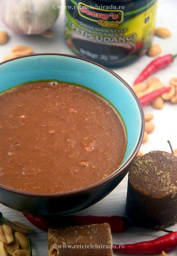Sambal petis (chilli sauce with candlenuts, palm sugar, kecap manis, petis udang, garlic)