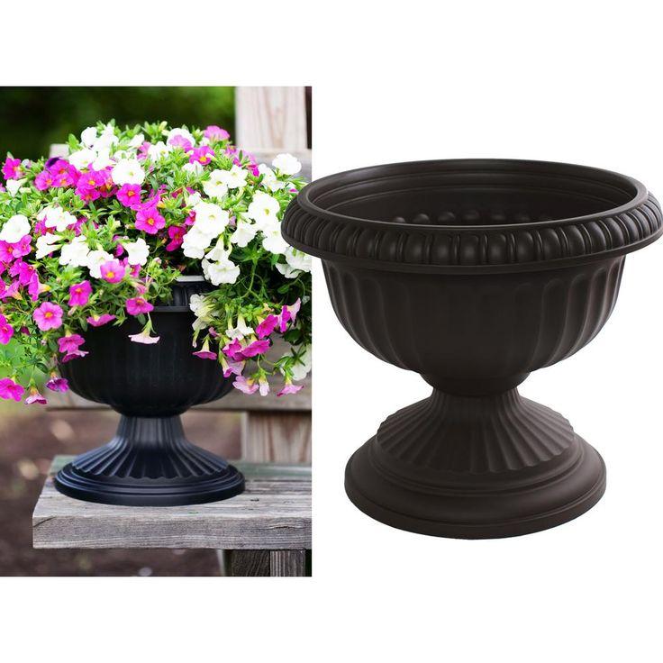 Bloem 12 X 10 5 Black Grecian Plastic Urn Planter In 2020 400 x 300