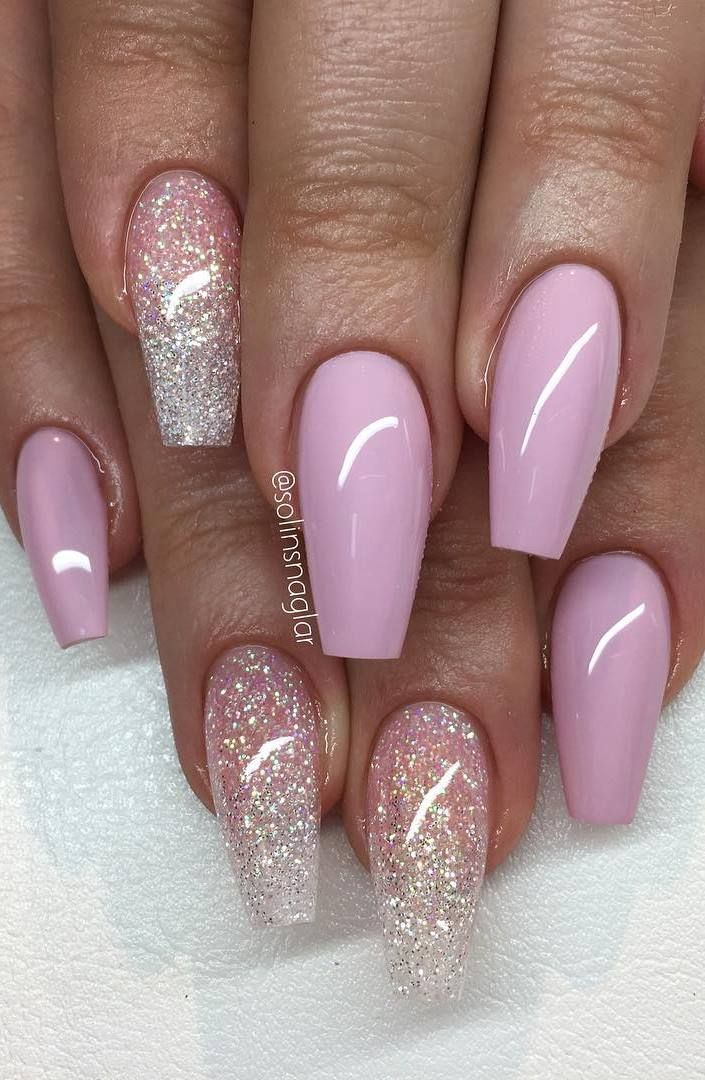 """""""Pastel Pink"""" med glitterombre i ljusrosa och Diamond"""