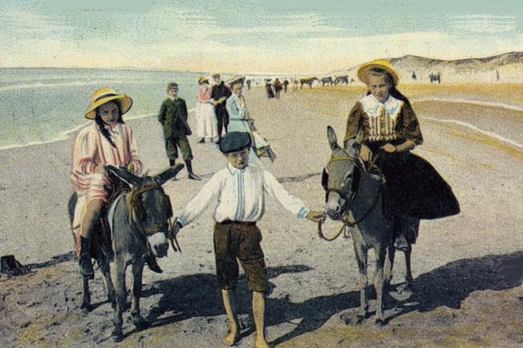 Donkey ride on the beach of Scheveningen 1900