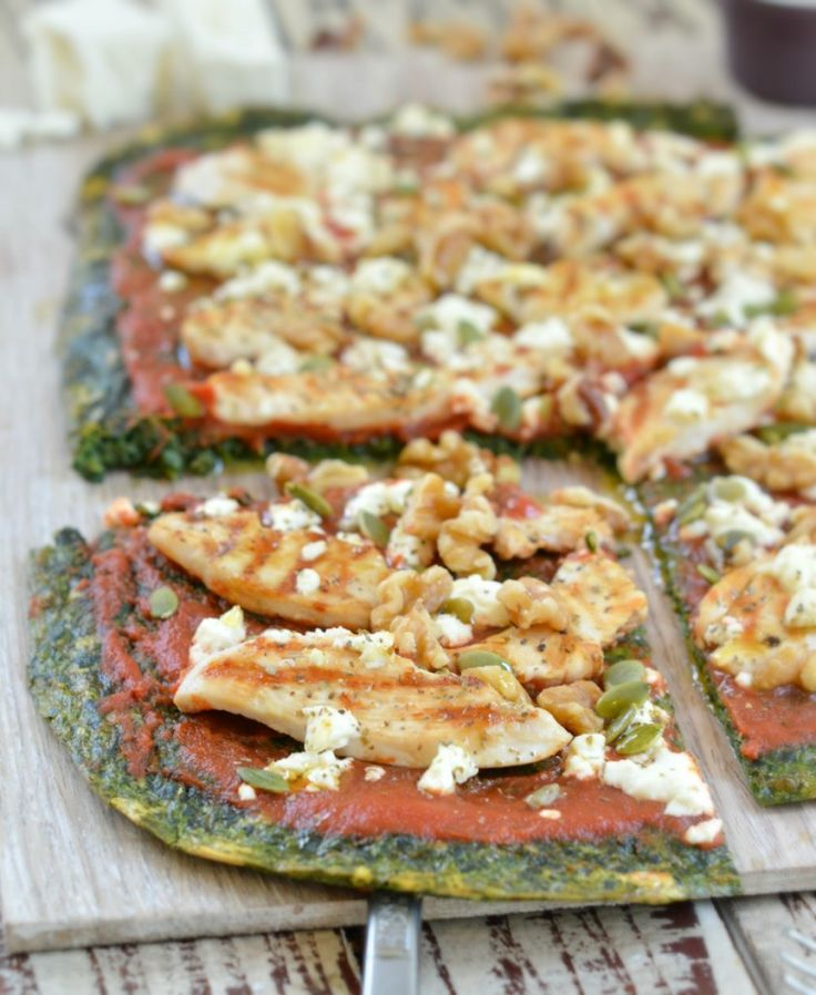 Spinach Pizza Crust {a low carb pizza crust} :http://www.sweetashoney.co/spinach-pizza-crust/