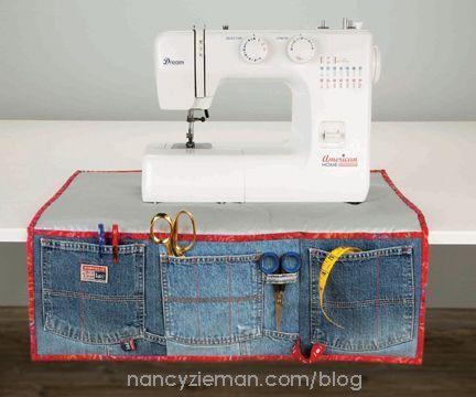 Un par de bolsas de jeans pueden hacer la diferencia en cada puntada. #DIY #Jeans #Blue #Materials #Sew