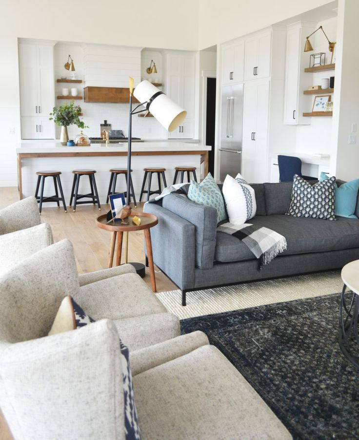 Modern Farmhouse Living Room: Best 25+ Dark Grey Couches Ideas On Pinterest