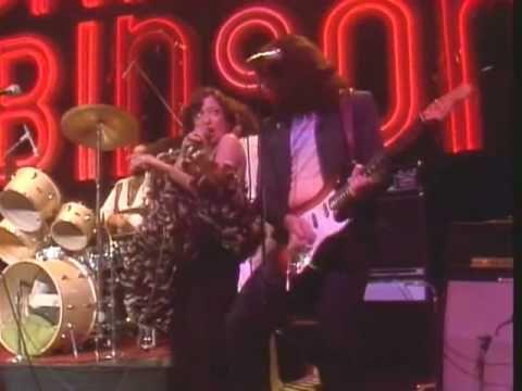 ▶ Vicki Sue Robinson on Midnight Special 1976 - YouTube
