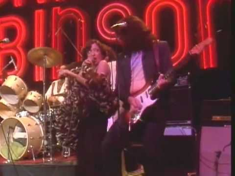 ▶ Vicki Sue Robinson on Midnight Special 1976 - YouTube