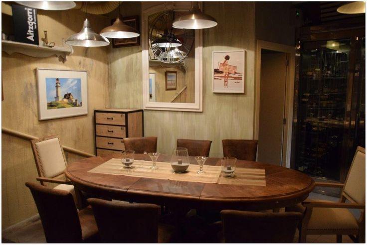 Fotografía del comedor del Restaurante Aitzgorri de San Sebastián-Donostia. Una decoración cálida y agradable para disfrutar al máximo de tu momento gourmet.