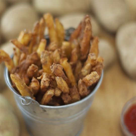 These beer-battered fries can be kind of a hassle... but they are SO delicious. If you just feel like chillin' in the kitchen for a couple hours and then getting compliments for the next 2 weeks on your cooking skills, you should so definitely try these out!