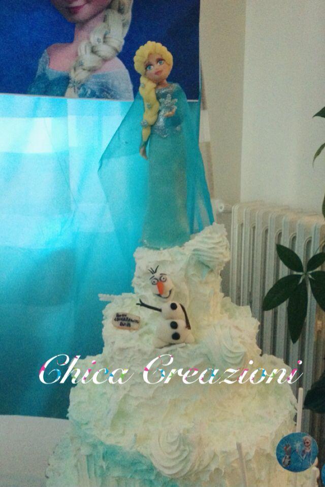 Top cake in pasta di mais Elsa e Olaf  Frozen