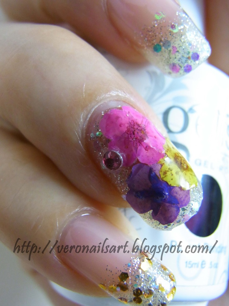Glitter w/ Dry Flower | Juz Nails | Pinterest | Acrylic ...