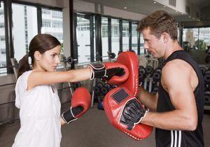 6 tipos de lutas que ajudam a definir o corpo