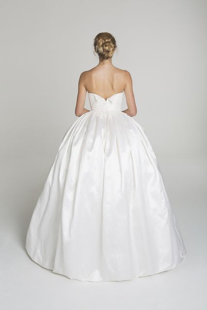 Nuage Gown