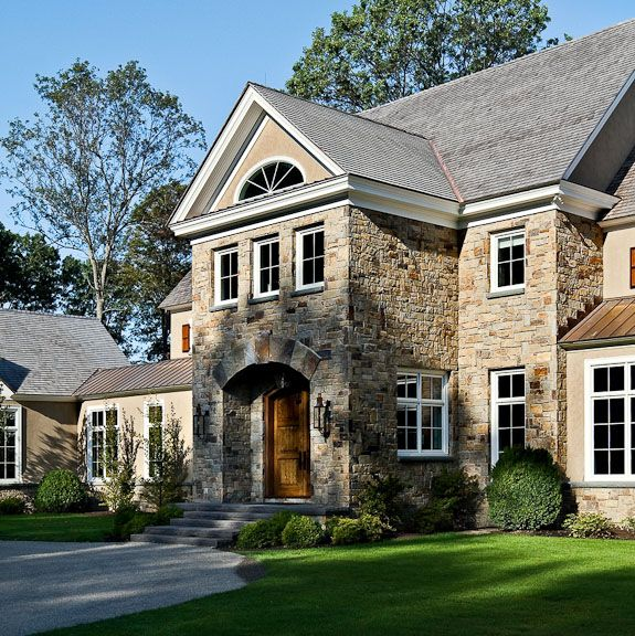 Stone and stucco cabin cottage ideas pinterest for Stucco facade