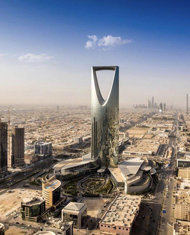 المملكة العربية السعودية الرياض بعدسة فيصل بن زرعة In 2020 Instagram Tower Bridge Saudi Arabia