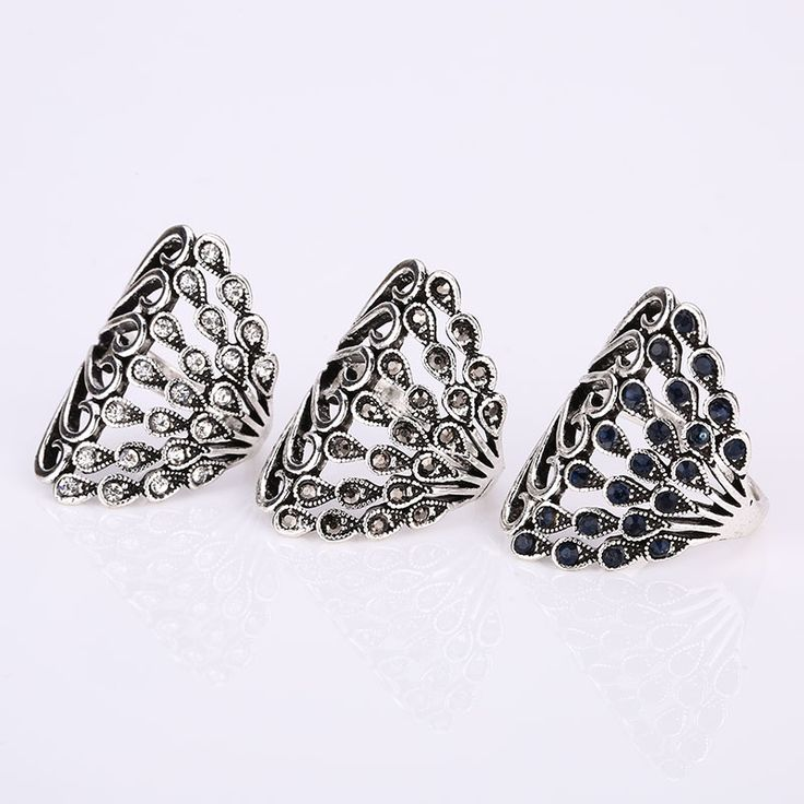 New Fashion Vintage Big Crystal Rings Women's Elegant Fine Jewelry Trendy Female Cute Retro Wedding Rings Boho Punk Party Rings