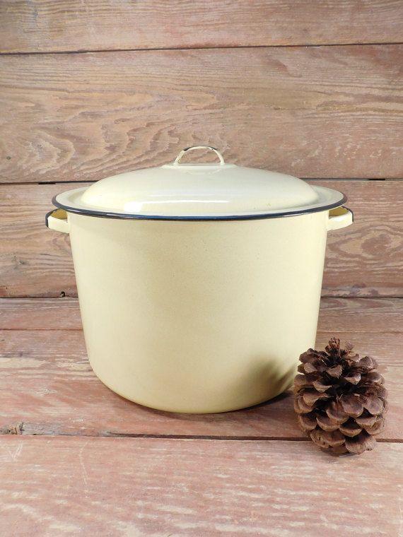40% Off Sale - Vintage Yellow Enamel Ware Stock Pot, Farmhouse Chic, Yellow Enamel Cookware