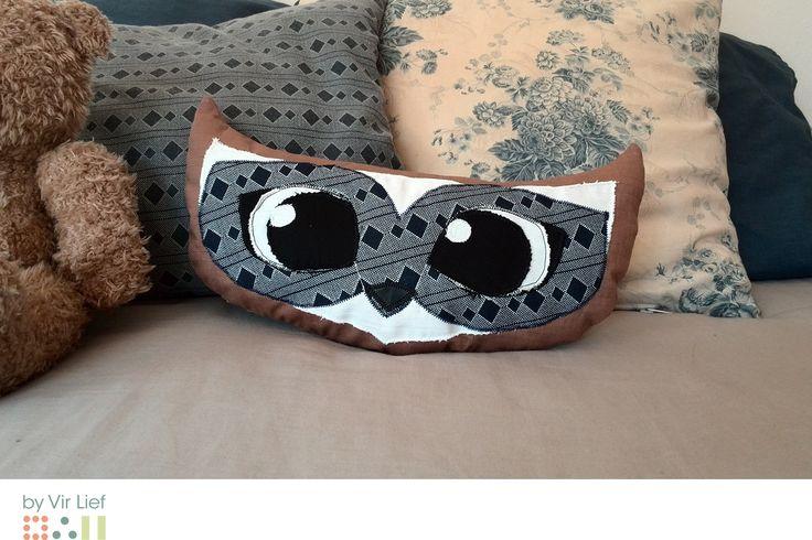 Cute owl cushion by Vir Lief