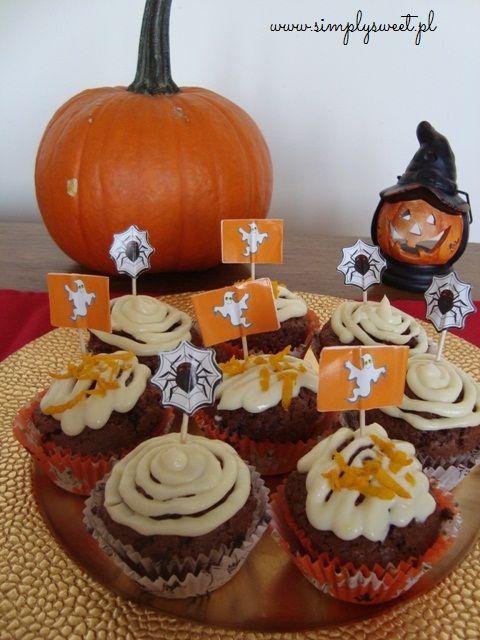 Halloweenowe czekoladowe muffiny  przepis na http://simplysweet.pl/?p=691